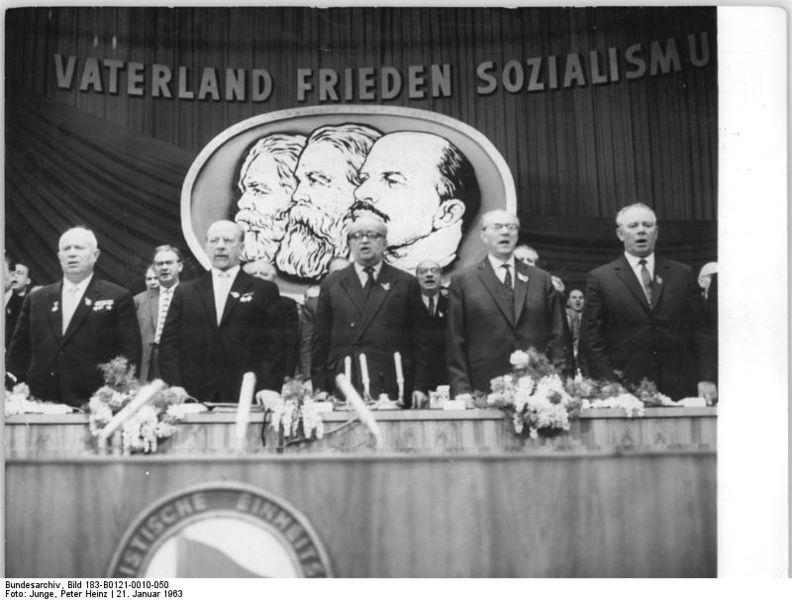 Photo: VI. SED-Parteitag, 6. Tag, 21.1.1963, by Peter Heinz Junge, Bundesarchiv Bild 183-B0121-0010-050, CC BY-SA 3.0 DE